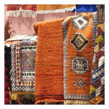 Nous sommes passionnées de savoir faire et de traditions…🌞 • • • We are passionate about know-how and traditions...🌞