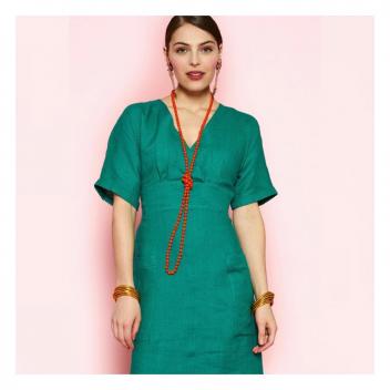Confort et élégance pour la robe en 100% lin Yuca! 💚 • • • Comfort and elegance for the 100% linen Yuca dress!💚